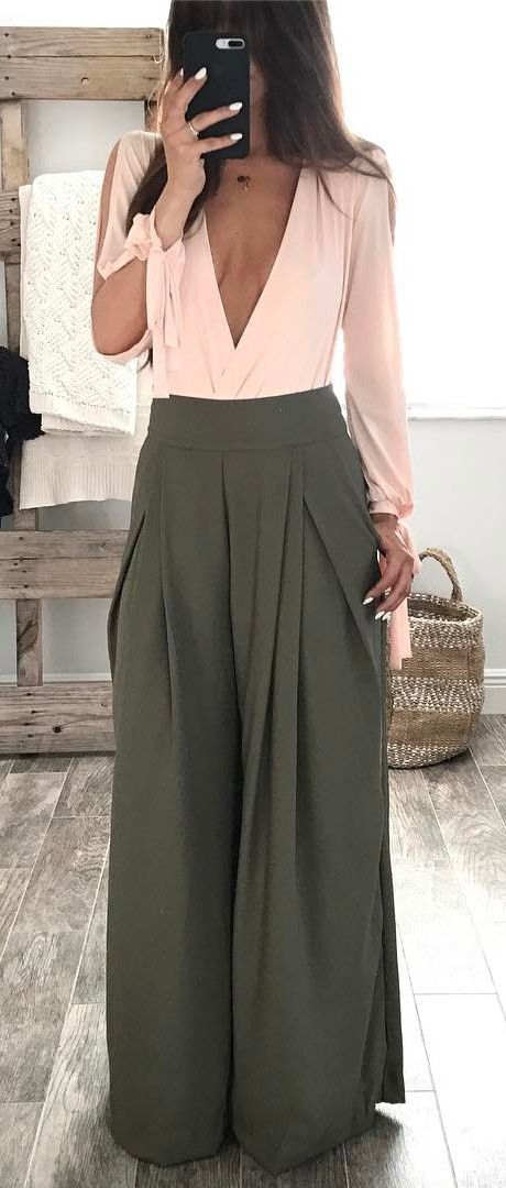 fashionable outfit idea | pink top + olive pants