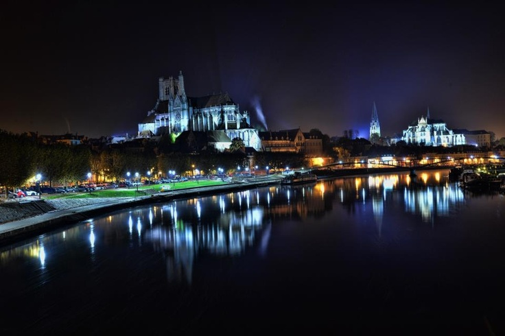 Auxerre by night ! #Yonne #Burgundy