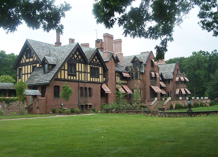 Stan Hywet Gardens Just Off The Highway In Akron Ohio