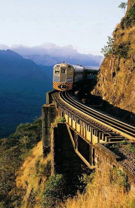 Ferrocarril de Paraná, Brasil