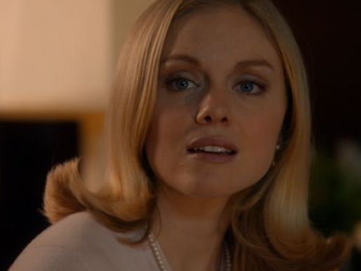 Harvey's catching feelings for his therapist. He just doesn't know it Christina Cole joins SUITS