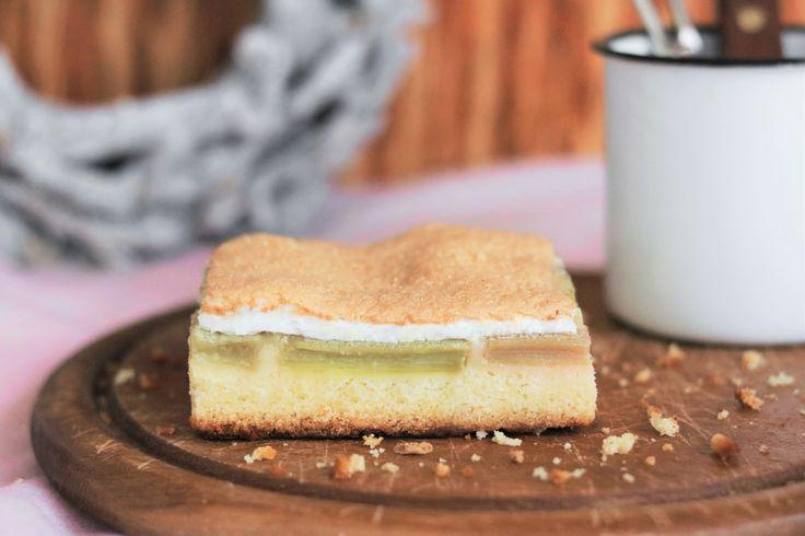 Rhabarberkuchen #rhabarber #kuchen #cake #cakes #torte #tartes #rezept #recipe #food #foodie #backen #baking