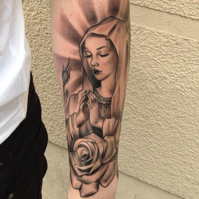 Tatto massa botei fé