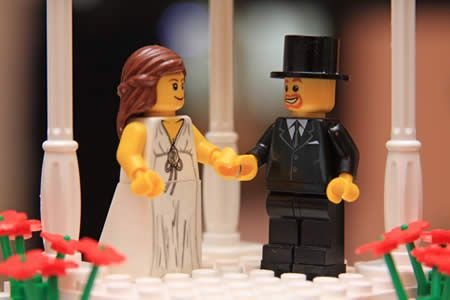 10 Nerdiest Wedding Cake Toppers | Neatologie.