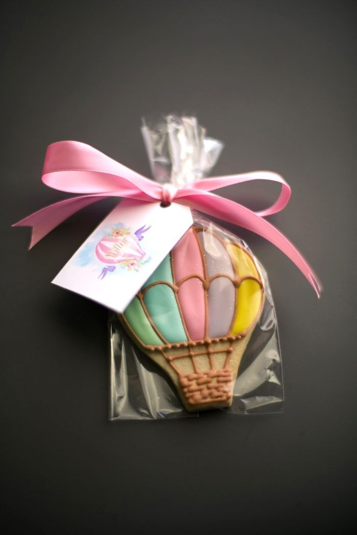 Hot air balloon cookie from an Up, Up & Away 1st Birthday Party on Kara's Party Ideas   KarasPartyIdeas.com (4)