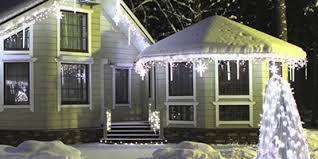 Картинки по запросу рождественский дизайн фасада и участка дома