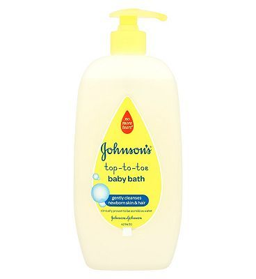 Johnsons Baby Top-To-Toe Bath - 1 x 500ml 8 Advantage card points. Johnsons Top-To-Toe Baby Bath is designed to gently cleanse babys delicate skin and hair. It is so mild and gentle it is suitable for the first bath. FREE Delivery on orders o http://www.MightGet.com/february-2017-1/johnsons-baby-top-to-toe-bath--1-x-500ml.asp