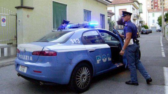 Offerte di lavoro Palermo  In via Amendola lo hanno spintonato gli hanno strappato due collane: una in oro e una d'argento  #annuncio #pagato #jobs #Italia #Sicilia Palermo: tre ragazzi scippano un romeno