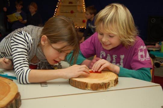 Gratis lesmateriaal natuur, wetenschap en techniek voor het basisonderwijs.