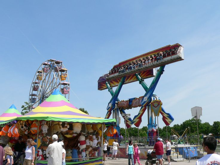 Broken Arrow, Oklahoma holds the Rooster Days Festival ...