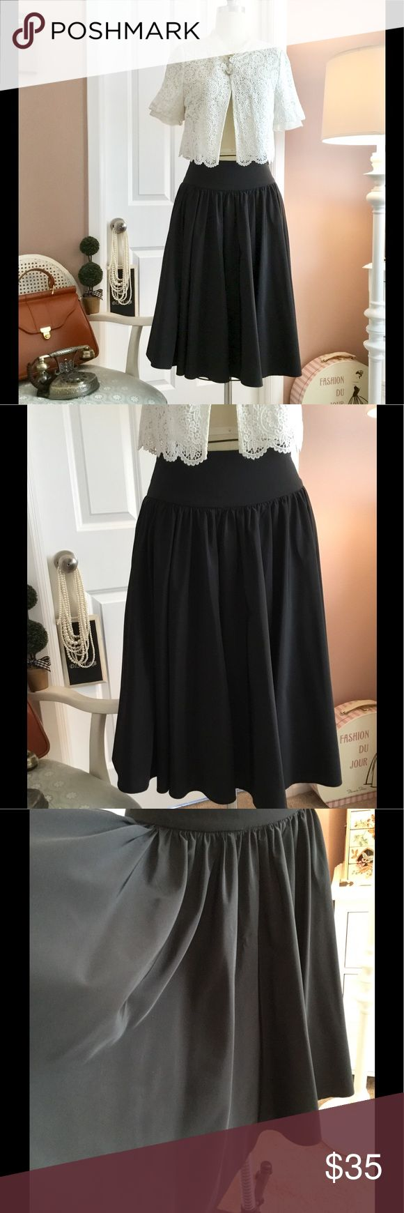 """Black circle skirt *Good condition *Zipper on the side Flat measurement: 13.5 waist, 25"""" length.  *Satin type of fabric  ☕️No shipping during weekends :) Skirts"""