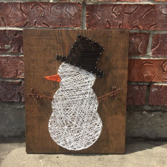 MADE TO ORDER Snowman String Art Sign von StringsbySamantha