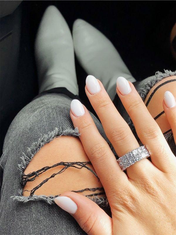 Pinterest Itsgabriellaventura Short Acrylic Nails Pointy Nails Short Almond Nails