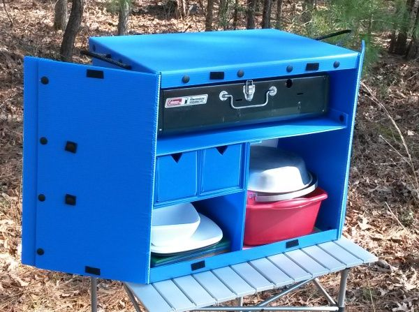 The Camping Kitchen Box Make Using Corrugated Plastic Snaps And Velcro Lightweight Organization Pinterest Camp