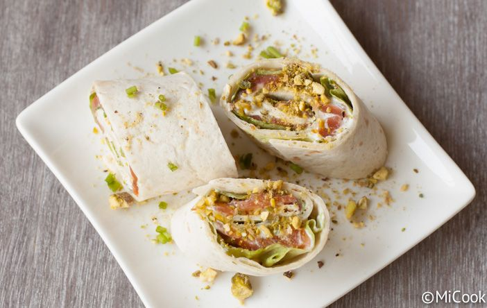 Zalmwraps met roomkaas & pistache: leuke hapjes voor op een feestje of een heerlijk bijgerecht!