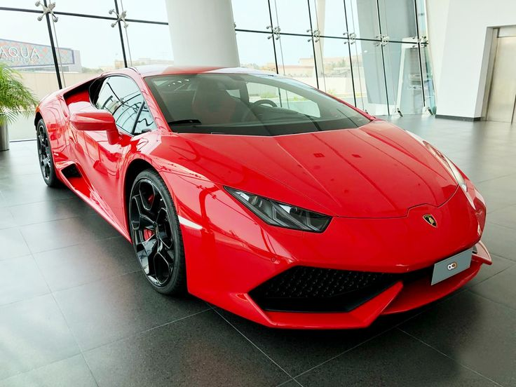 Drive the 2018 huracan coup in dubai for