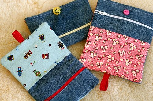 Tutorial: Upcycled denim child's wallet with zip pouch