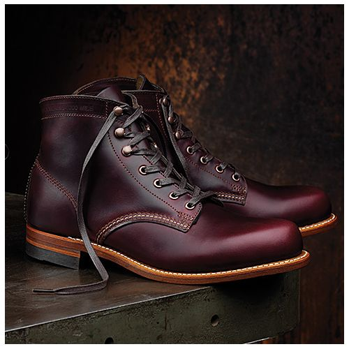 Crafted with the same attention to detail found in the original, Wolverine's 1000 Mile Boot is the cornerstone of the collection. Made in America and featuring top quality Horween Chromexcel® Leather, a stacked leather outsole and classic welt construction, the 1000 Mile Boot has been meticulously designed to replicate the original's aesthetic.