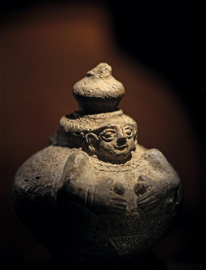 Ancient Middle East Map Mesopotamia%0A Female Figurine  Early Dynastic Period       BCE  Tell Mozan  ancient  Urkesh