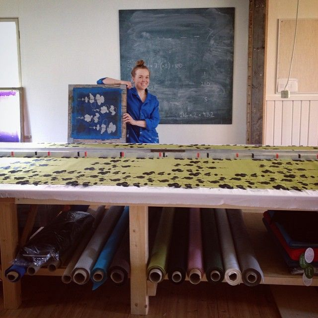Pussilakanatehdas! | Hard duvet cover production going on! #petäjä #aapiste