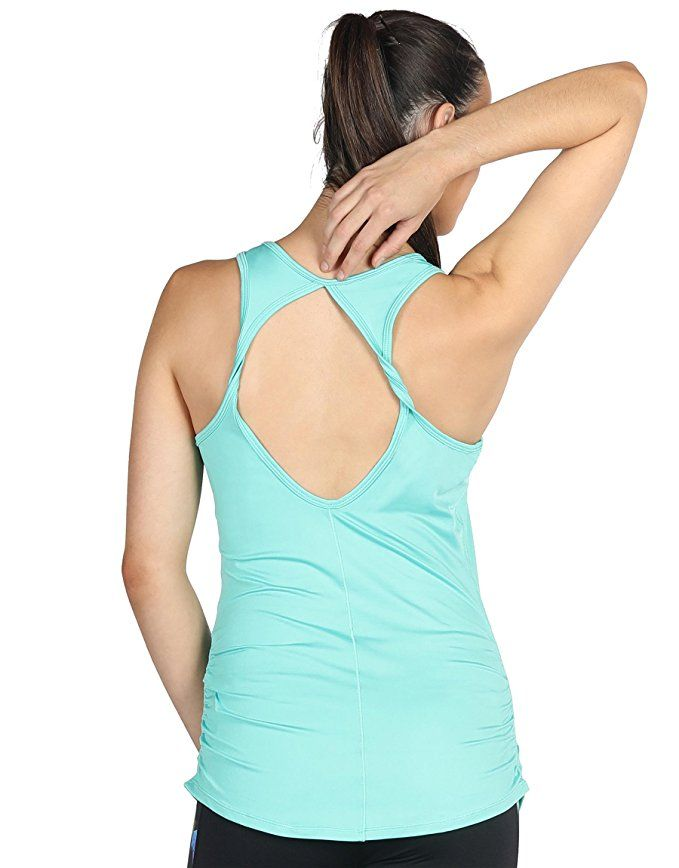 07821343fbb3e Amazon.com  icyzone Workout Yoga Fitness Sports Racerback Tank Tops for  Women  Clothing