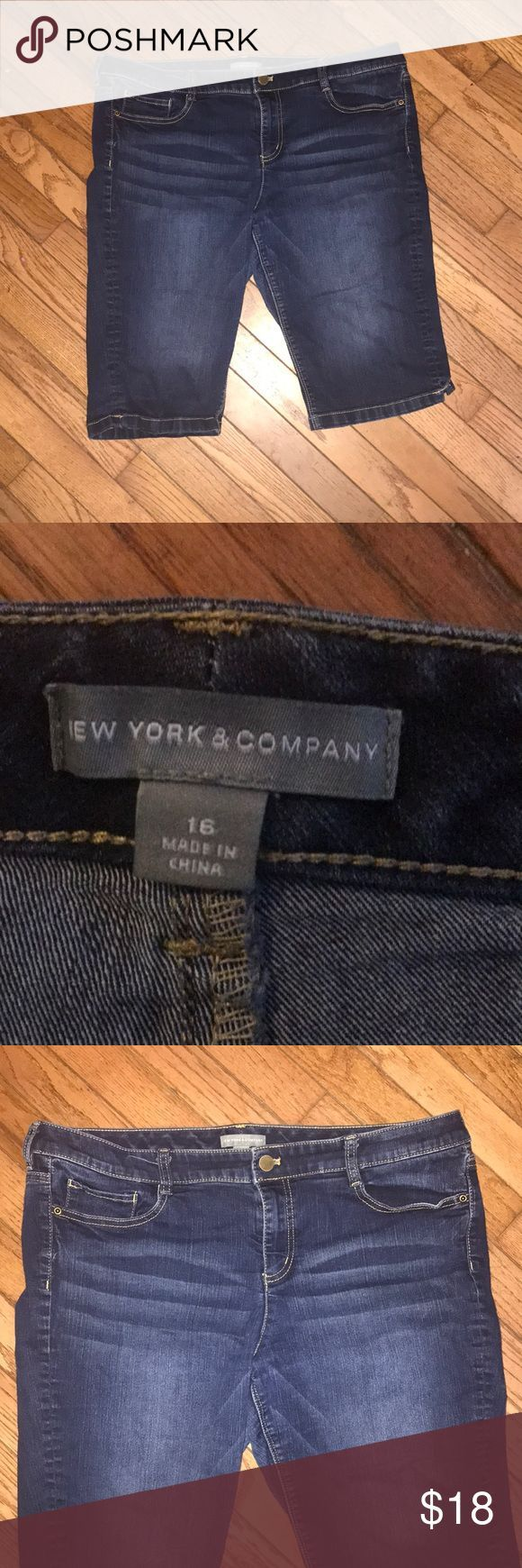 New York and Company capris size 16 New York and Company capris/Bermuda shorts s…