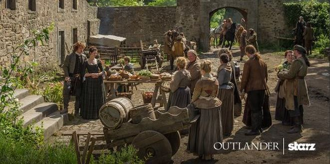 *NEW* Stills of Sam Heughan and Caitriona Balfe as Jamie & Claire Fraser from Outlander Episode 1×12 'Lallybroch' | Outlander Online