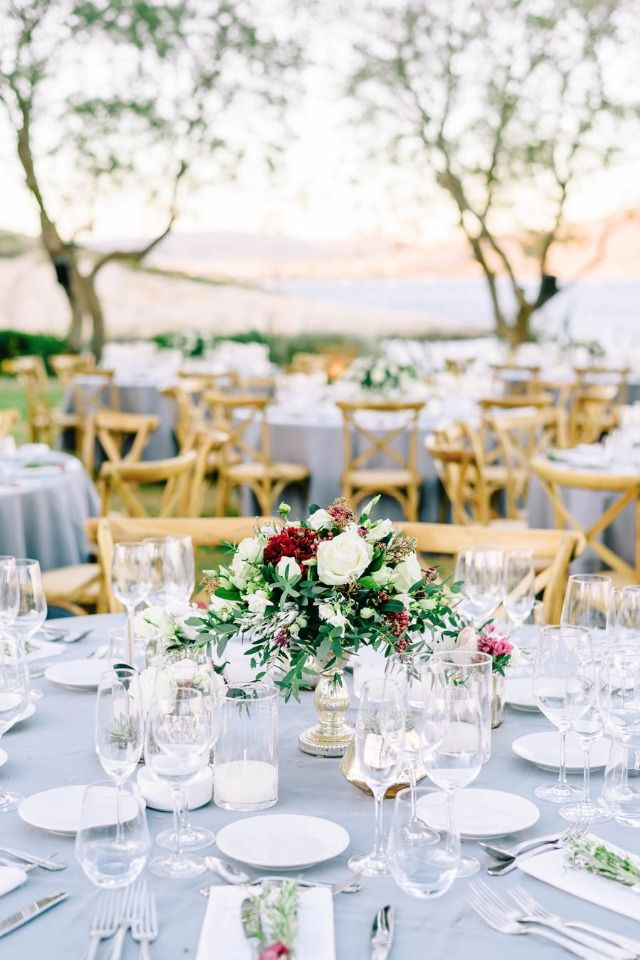 Natural and elegant reception