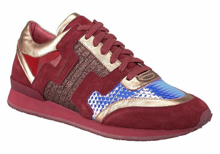 Produkttyp , Sneaker, |Schuhhöhe , Niedrig (low), |Materialzusammensetzung , Obermaterial: 50% Leder, 50% Polyurethan. Decksohle: 100% Leder. Laufsohle: 100% Gummi, |Farbe , rot, |Herstellerfarbbezeichnung , red, |Obermaterial , Materialmix aus Synthetik und Leder, |Verschlussart , Schnürung, |Laufsohle , Gummi, profiliert, | ...