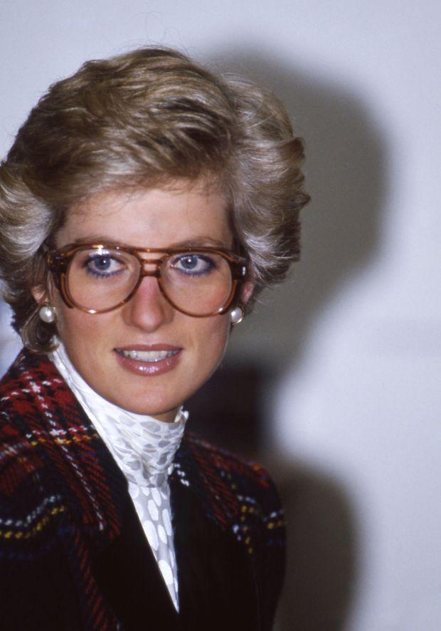 Prinsesse Diana: 20 looks, du måske har glemt