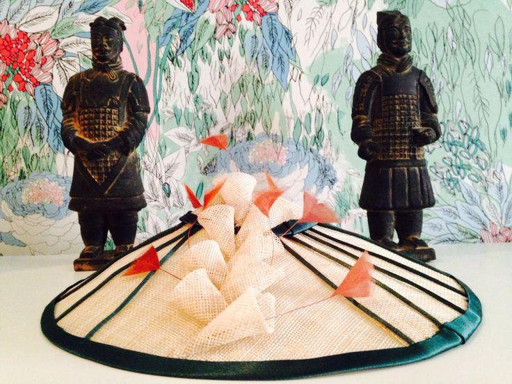 Tocado de sinamay colección Vietcom