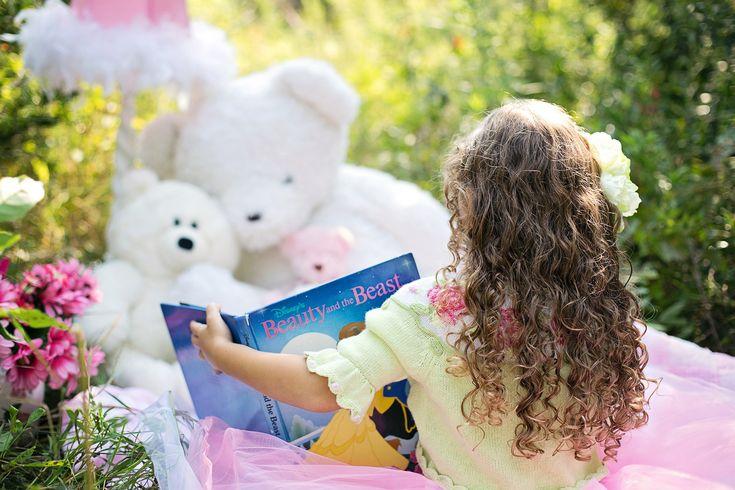 JAk czytać dziecku, żeby wspierać jego rozwój, wzbogacać słownictwo? http://piekne-rzeczy.pl/mamo-nie-czytaj-mi-w-ten-sposob/