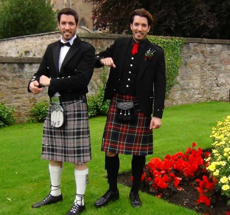 "13.9k Likes, 203 Comments - Drew Scott (@mrdrewscott) on Instagram: ""All we're missing are bagpipes #TBT #kilts"""