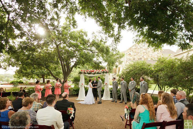 Courtyard Wedding at Hyatt Regency Lost Pines Resort & Spa