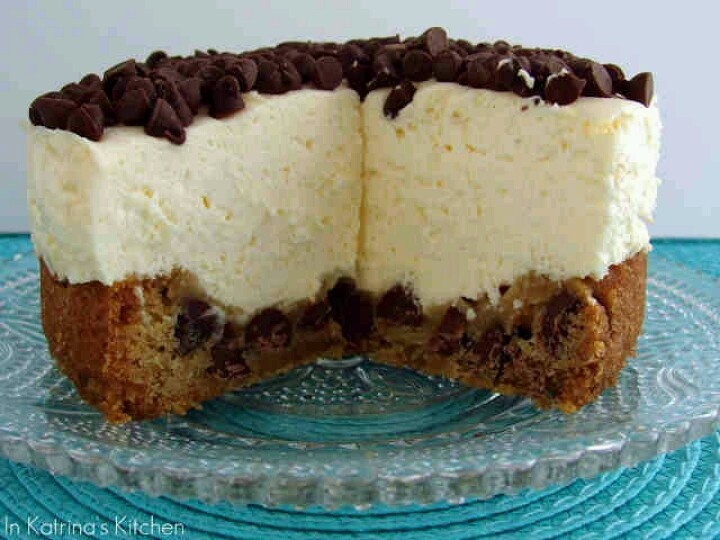 no-bake cheesecake gets a makeover with a chocolate chip cookie crust ...