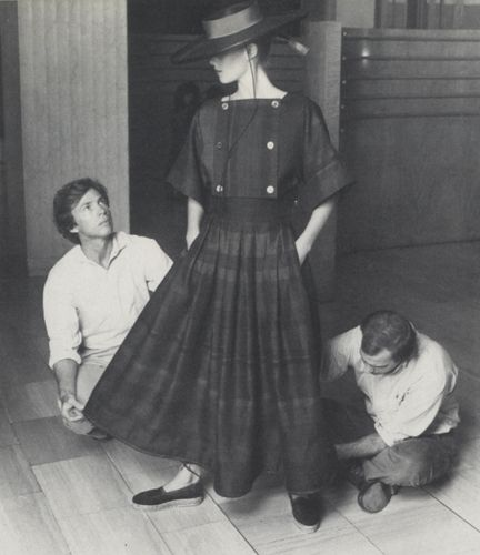 Perry Ellis 1940 - 1986 American founded Sportwear house mid 1970s. He introduced new patterns and proportions.