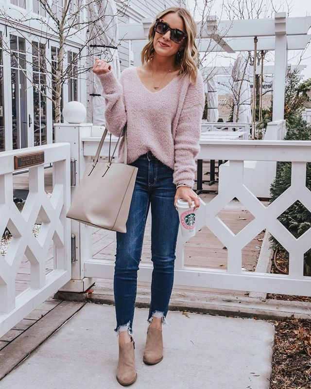 e2d484cbf Pin by Walk of Laur (Affordable Fashion Blogger) on Spring Outfits in 2019  | Preppy summer outfits, Spring fashion outfits, Fashion