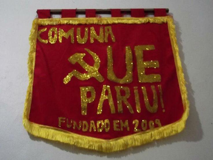 """Comunistas do Rio de Janeiro criaram o Bloco Revolucionário do Proletariado Comuna que Pariu, que desfila segunda, dia 3 de março, na Cinelândia. """"Empunha tua arma, batuca no embalo da subversão!"""", conclama a galera. Ideal para quem procura um bloco pequeno e sem confusão. A concentração tem início às 14h, na lateral esquerda da Câmara dos Vereadores."""