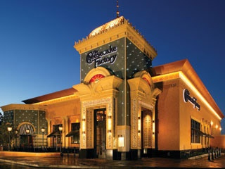 Cheesecake factory & Taco Bell - USA. Really want to Try!
