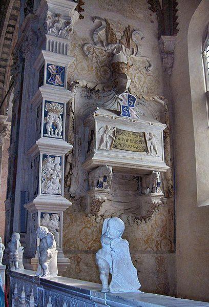 Isotta da Rimini - Tempio Malatestiano - File:Rimini038.jpg