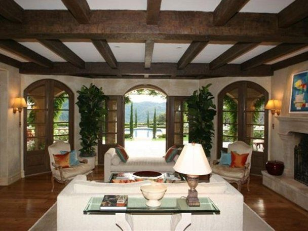Tuscan Style Homes Design - Living rooms