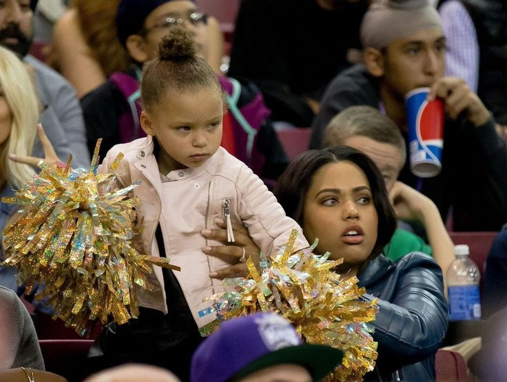 Twitter Moments: Riley Curry reminds everyone that she's watching you