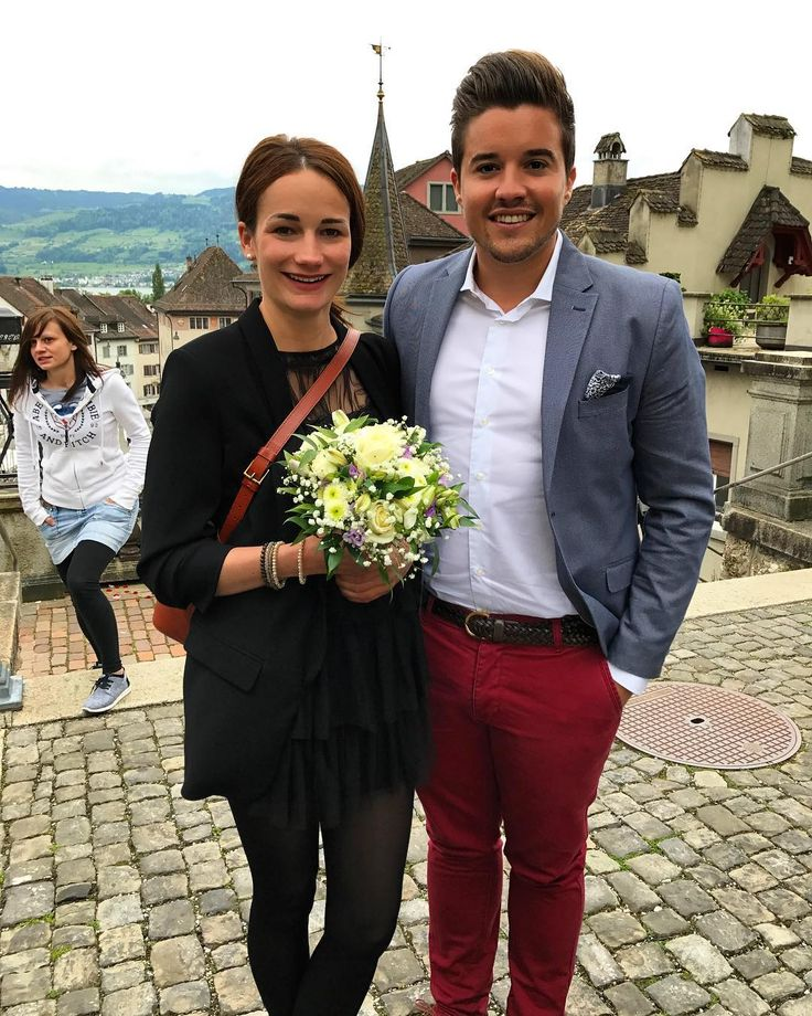 Wedding of friends. #wedding #schloss #rapperswil #love #friends #justmarried http://gelinshop.com/ipost/1518983380669327287/?code=BUUg1Y4hGe3