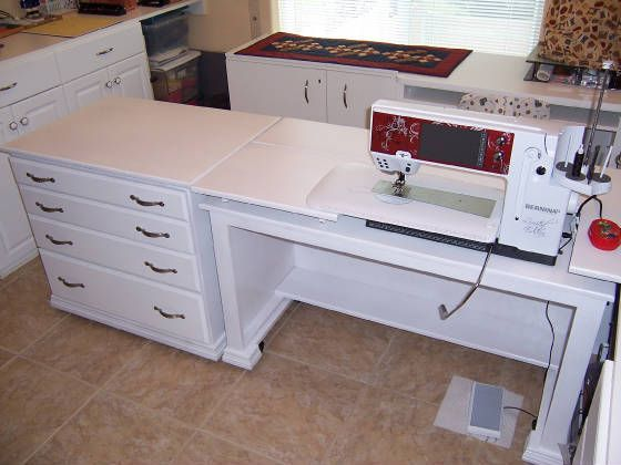 Nice sewing table, remove the top platform for machine embroidery.