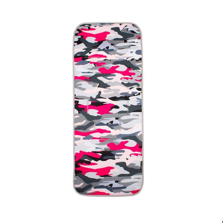 Colchoneta Recta con estampado de camuflaje en tonos grises y rosa. #colchonetas #Kiwisac