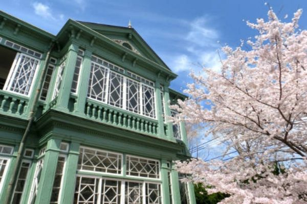 「旧ハンター住宅」館内公開 神戸公式観光サイト FeelKOBE -Official KOBE Tourism Website-神戸国際観光コンベンション協会が提供する神戸公式観光サイト。神戸のさまざまな観光情報が検索できます。