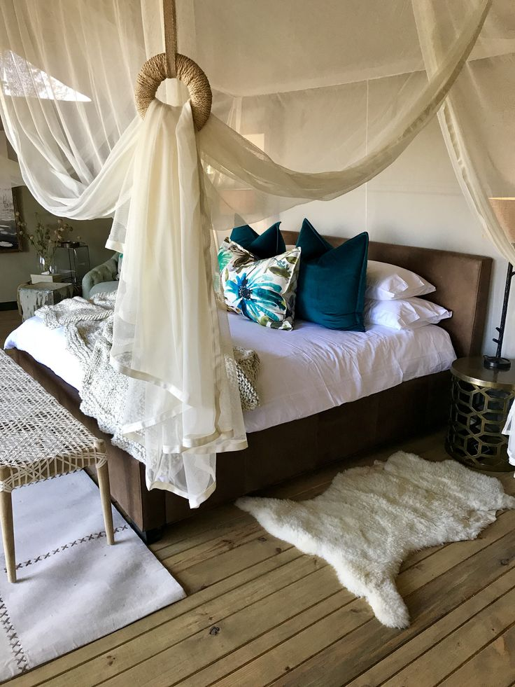 Executive Suite Sable Alley lodge Botswana created by Tracy Kelly .