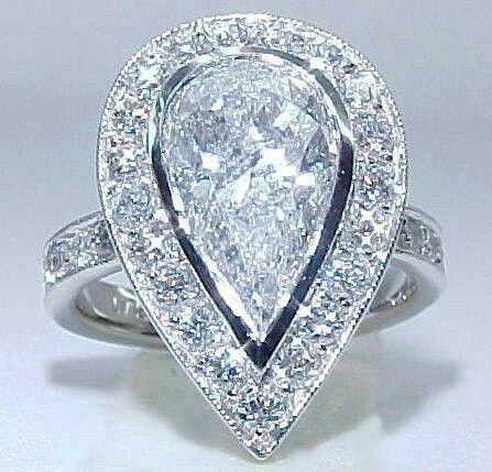 Amazing diamond ring