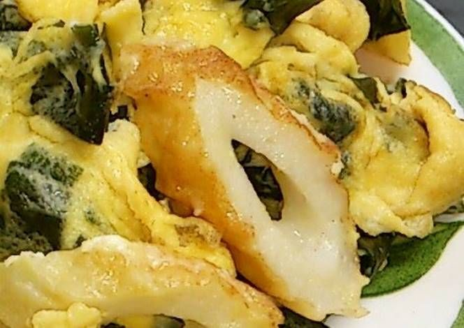 Stir-fried Eggs and Wakame Seaweed with Chikuwa Recipe - Very Tasty Food. Let's make it!