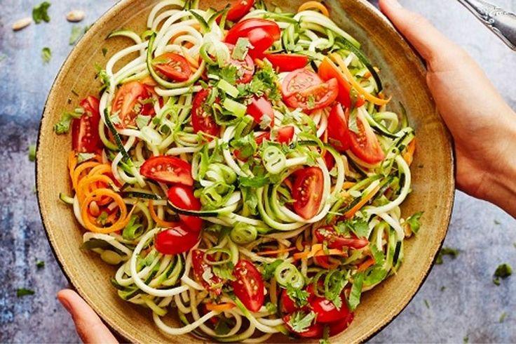 'Veganistisch koken kan ook lekker, snel en eenvoudig' - De Standaard: http://www.standaard.be/cnt/dmf20170331_02810200?_section=65963575